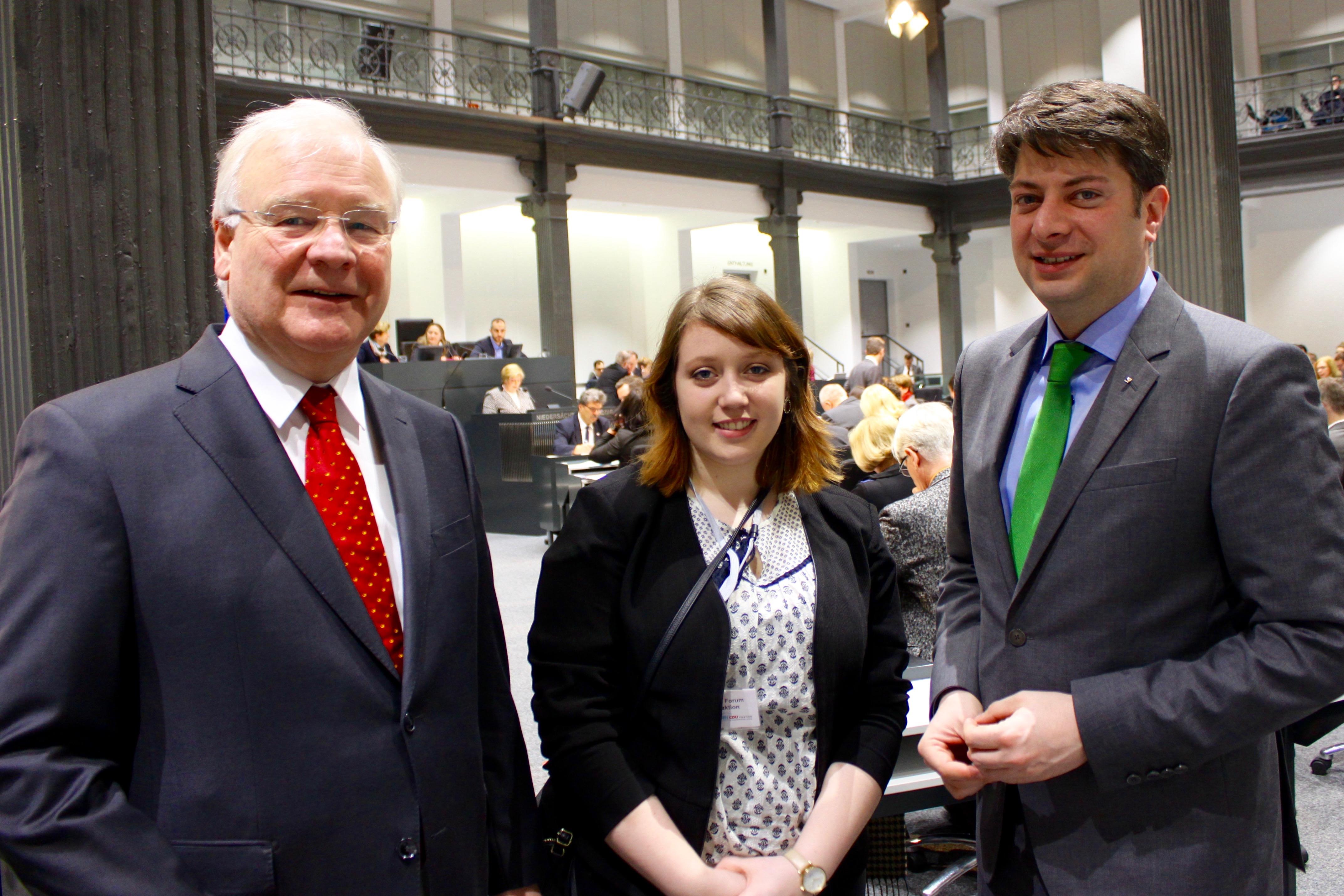 """2016: Besuch aus den USA im Niedersächsischen Landtag im Rahmen des """"Parlamentarischen Patenschafts-Programmes."""