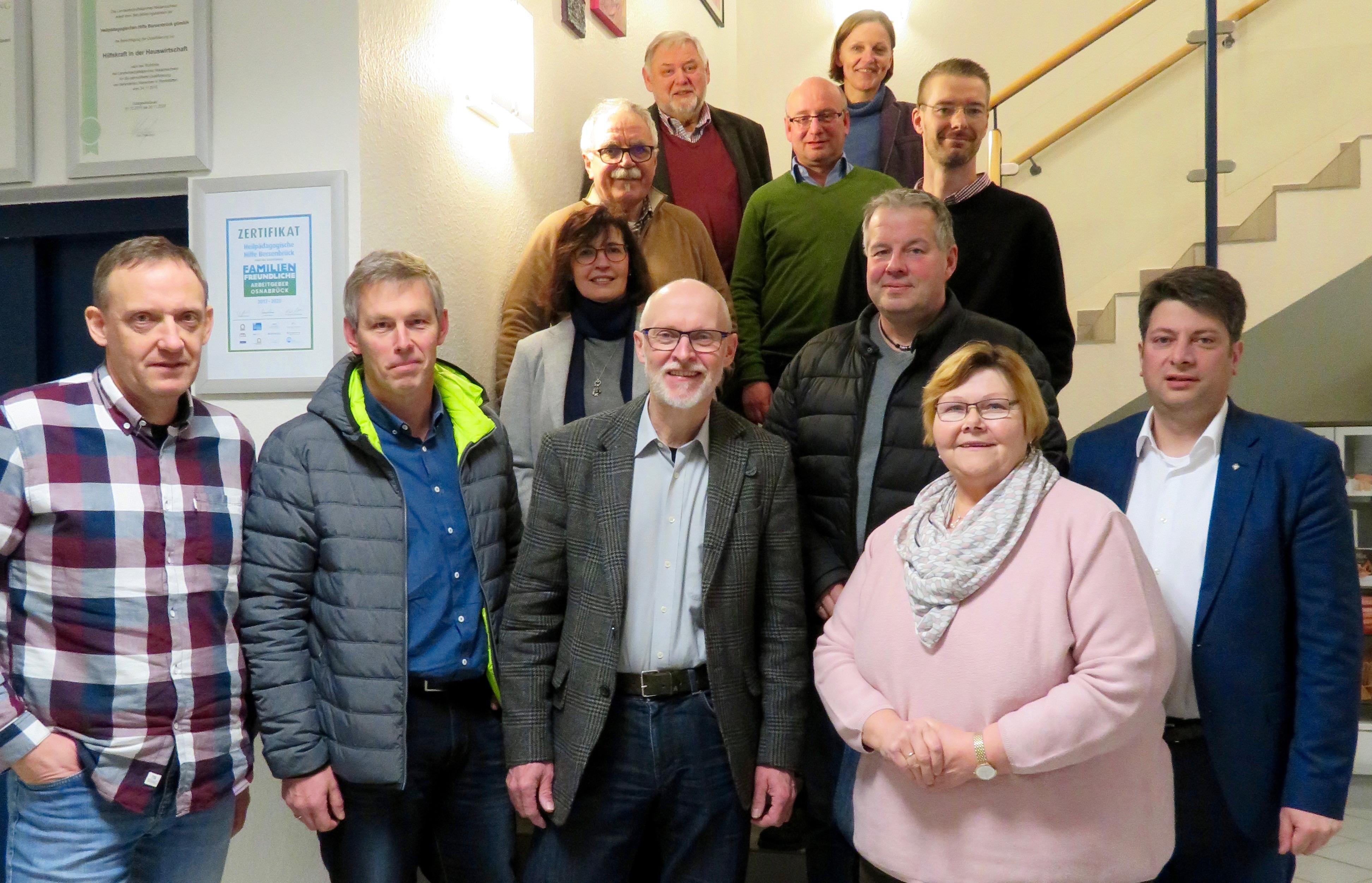 Besuch bei der Heilpädagogischen Hilfe in Bersenbrück: Die Mitglieder der CDU im Rat der Samtgemeinde Artland.