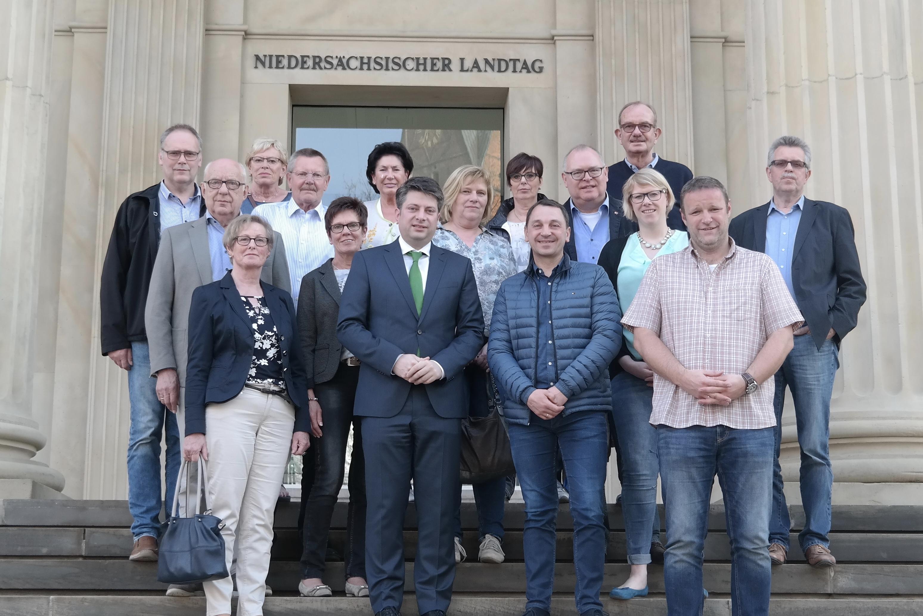 Vertreter der CDU-Alfhausen zu Besuch im Niedersächsischen Landtag.