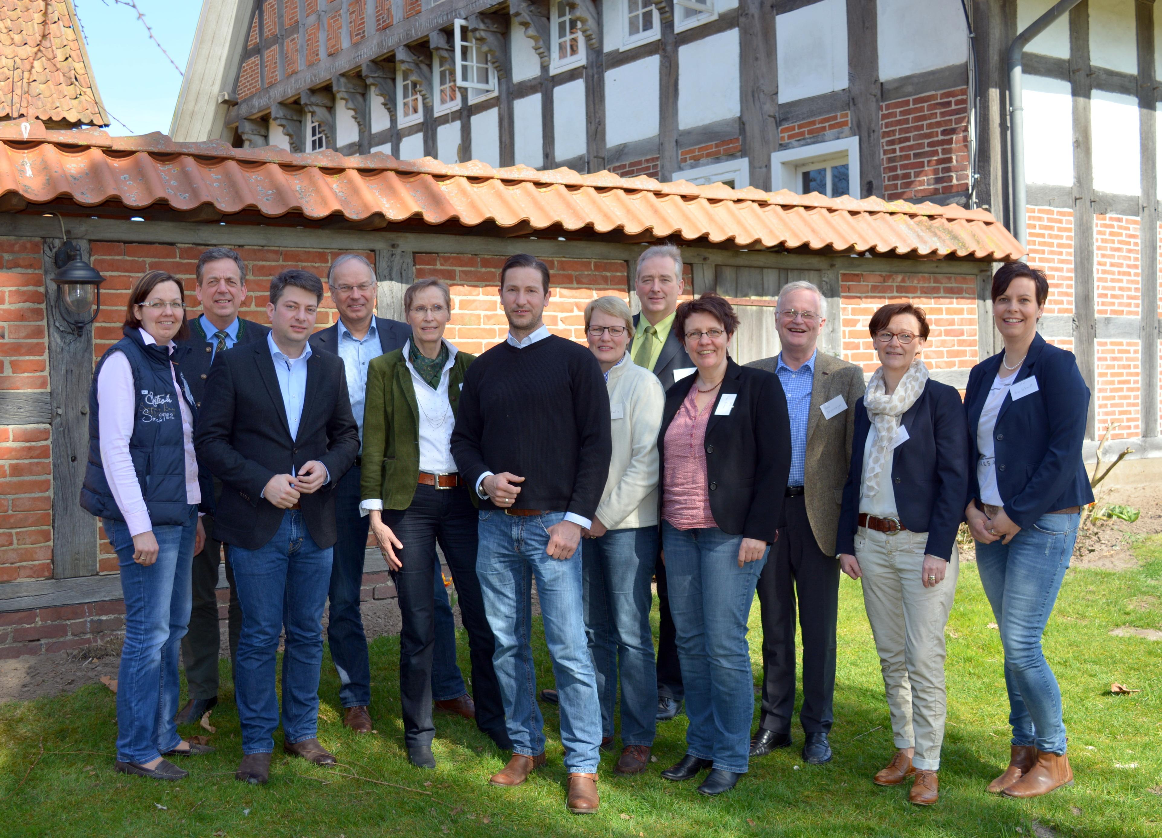 """2016: Gespräch mit der """"Interessengemeinschaft Landwirtschaftlicher Unternehmerinnen"""" (ILU) in Badbergen-Wehdel."""
