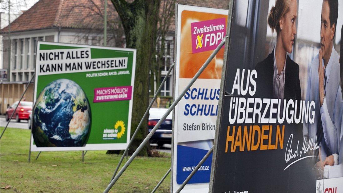 Wahlplakate werden vor der Kommunalwahl in diesem September wieder das Straßenbild bestimmen. Foto Archiv/Martens