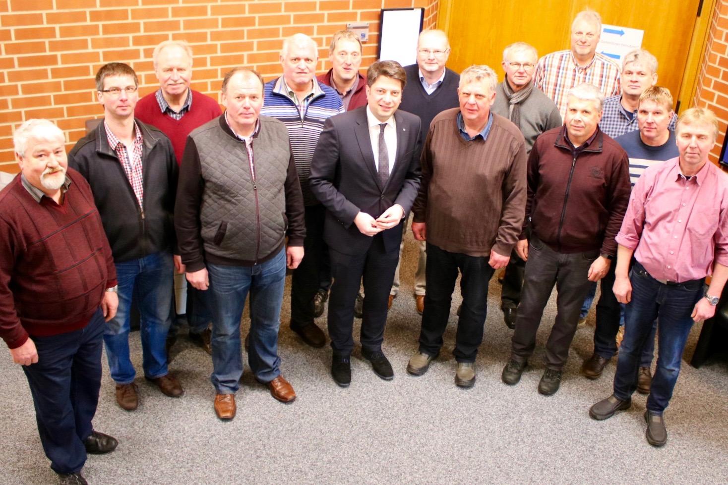 Vertreter des Schützenvereines Grafeld zu Besuch im Niedersächsischen Landtag.