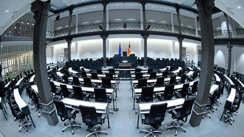 Sitze zu Vergeben: Bei der Landtagswahl am 15. Oktober entscheidet sich, wer künftig im niedersächsischen Landesparlament sitzt.Foto: dpa