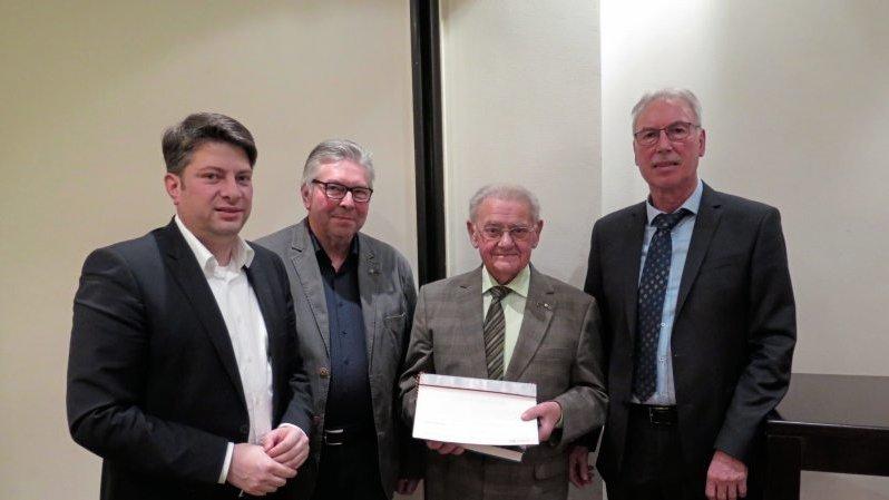 Ausgezeichnet: Christian Calderone, Hermann Winter, der Geehrte Josef Hemme und Friedhelm Spree.