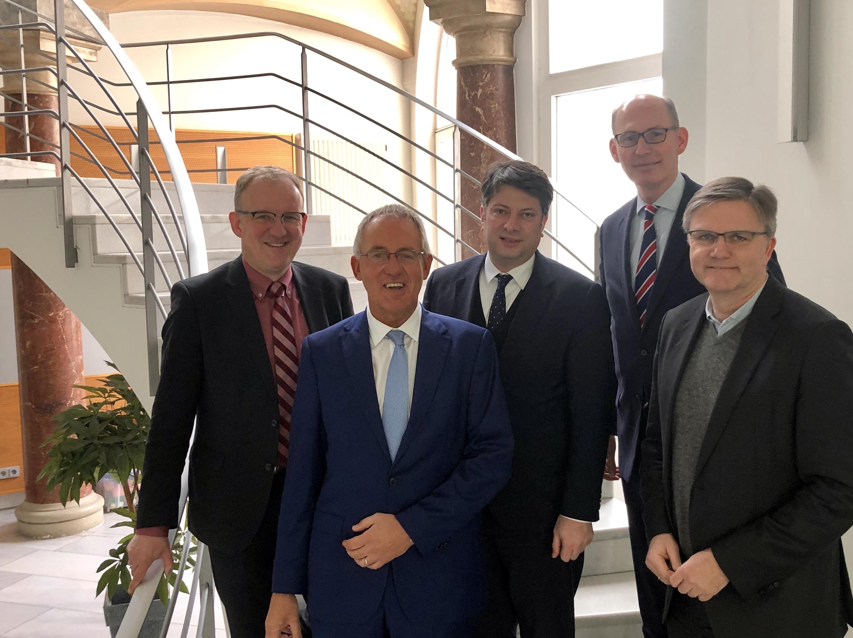 Besuch beim OLG Braunschweig und mit OLG-Präsident Scheibel (2. von links): Die Landtagsabgeordneten Volker Meyer, Christian Calderone, Christoph Plett und Uwe Schünemann (von links).